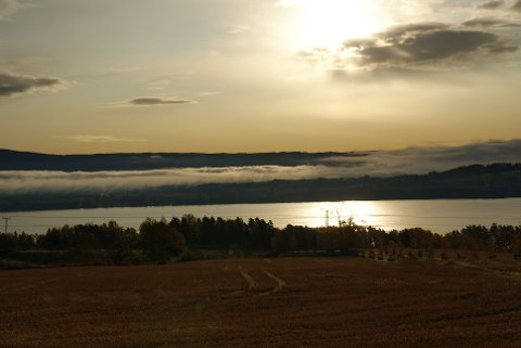 Lav sol over Tyrifjorden