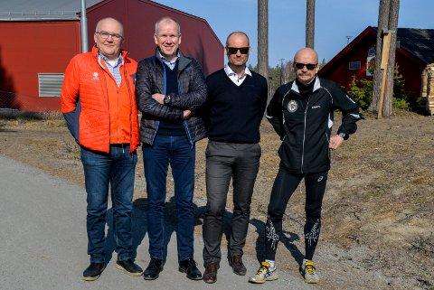 ATTRAKTIVE: Gutta bak Hytteplan-mila har skapt et attraktivt løp. Gjengen bak Hytteplanmila ringes ned av internasjonale løpere som vil komme til Hole. Fra venstre: Jon Anders Kvisgaard, Ove Evensen, Tommy Støa og Jan Erik Hansen.