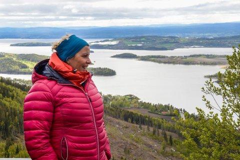IMPONERT: Anne-Lise Ullebø fra Sogn og Fjordane var imponert over utsikten langs løypa i Sundvollen GP.