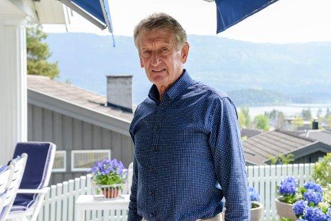 HEDRET: Birger Hungerholdt har vært en sterk bidragsyter i norsk sykkelsport i en årrekke. I helgen ble han belønnet med forbundets gullpkakett.
