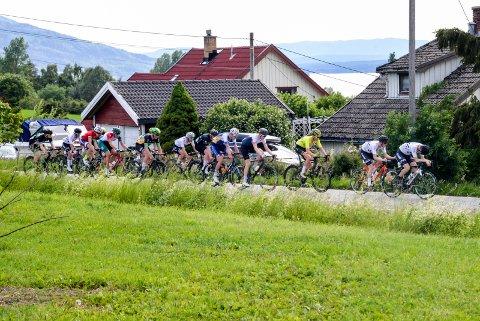 GOD REKLAME: Sykkelritt gjennom landskapene på Røyse kan være uvurderlig Hole-reklame, mener Håvar Austgard.