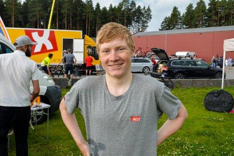 YDMYK: Magnus Kulset ble stygt skadet i møte med en bil i fjor, og pådro seg blant annet et kraniebrudd. Nå er han glad for hver time på sykkelen, og er bare glad han får drive med idretten han elsker.
