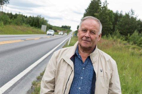Jan Stepanenko angående bom på gammel vei når ny vei kommer, E16 mellom Bergermoen og Samsmoen på Jevnaker