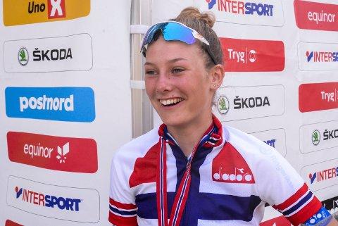 EM:  Natalie Irene Midtsveen fra Jevnaker er klar for sykkel-EM.