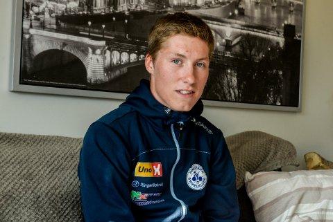 GIR IKKE OPP: – Jeg skal satse like hardt, sier Sondre Midtsveen. Han gir ikke opp sykkeldrømmen.
