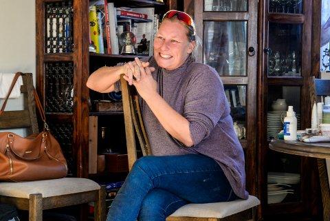 ENGASJERT: Tone Midtsveen er en del av en ordentlig sykkelfamilie. Nå vil hun starte opp et damelag i Ringerike for å gi jenter like muligheter som gutta.