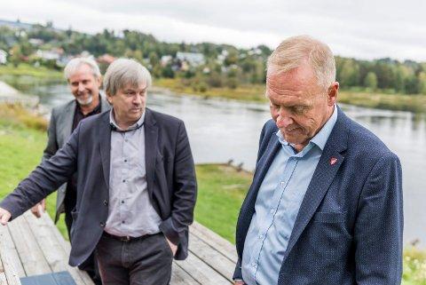 Tre avtroppende ordførere: Per R. Berger (H) fra Hole. Kjell B. Hansen (Ap) fra Ringerike. Lars Magnussen (Ap) fra Jevnaker.