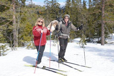 STORTRIVES: Britt og Børre Kongsmo har hatt hytte på Vikerfjell i 10 år, og bruker hytta så ofte de kan.
