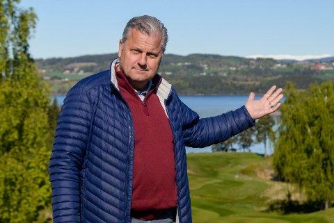FULL FART: Derek Crawford forteller at han ikke har merket like stor golfinteresse på ti år.