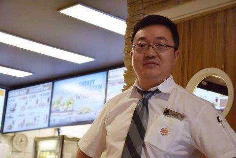 TRÅR TIL FOR BYEN: Qiang Cheng skal nå drive enda en restaurant i Hønefoss. Arkivfoto