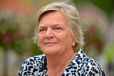 BLIR PENSJONIST: Wenche Grinderud sier takk for seg, etter ett år på overtid. Hun fyller 66 år og ønsker å bli pensjonist fra nyttår.