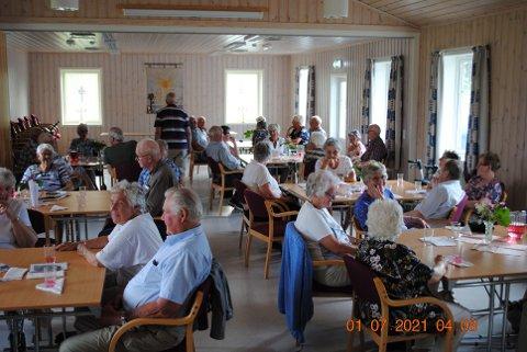 Godt oppmøte og god stemning i Ådal kirkestue.
