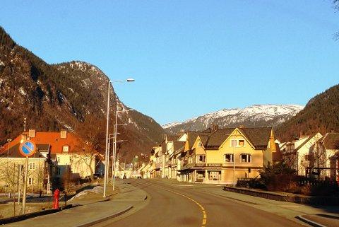 TI DAGER TIL ENDE: Slik så været ut over Rjukan mandag morgen. Slik skal de bli over hele Tinn minst de neste 10 dagene, ifølge værmeldingene.