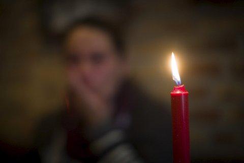 VANSKELIG TID: «Anna» fra Lørenskog er ufør og alenemor til to tenåringsbarn. – Nå svelger jeg stoltheten min og ber om hjelp til jul, sier hun. Foto: Lisbeth Lund Andresen