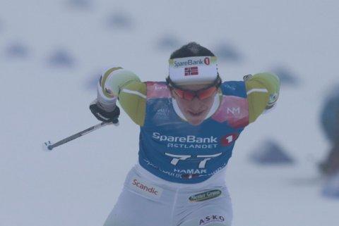 VANT IGJEN: Marit Bjørgen mot mål på kvinnenes 10 kilometer fristil.