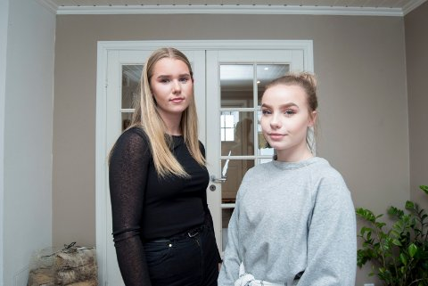 KUN FOR GUTTER: Iris Pynten (15, t.v.) og Thea Solum (14) reagerer på at kommunen lyste ut en stilling som bare gutter kunne søke på.