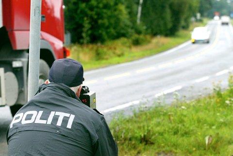 LASERMÅLING: Politiet har foretatt en rekke fartskontroller ulike steder på Romerike de siste dagene.
