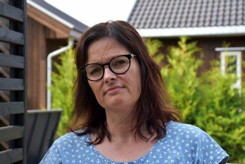 – Tenk at det finnes sånne hverdagshelter, sier Anita Aag om mannen som stoppet vesketyven fredag ettermiddag. Foto: Trym Helbostad