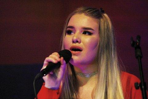 DEBUTANT: Victoria Byremo debuterte som sangsolist, og vi håper det ikke er siste gang vi hører henne i den rollen.