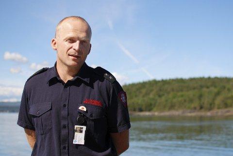 BESØK:: Rolf Sigurd Sørensen i Hurum brannvesen skal besøke fjerdeklassinger i Hurum nå i november. - Vi har god erfaring med denne målgruppen som holdningsambassadører, sier Sørensen.