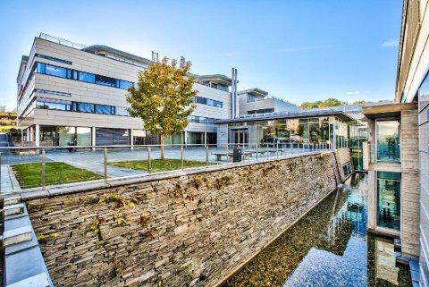 FRA SOMMER 2020: Lensmannslia 4 oppfyller behovene til den nye administrasjonen i Asker kommune.