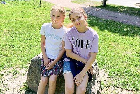 MILJØBEVISSTE: Olivia Oberst og Olivia Mcbarnette sendte brev til ordføreren i Asker.