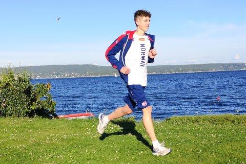 EM-KLAR: Andreas Fjeld Halvorsen reiser om få dager til Tallin for å delta i U20 EM på 1500 meter. Han har norgesrekorden på den dobbelste distansen. Den  satte på Bislet i mai i år.