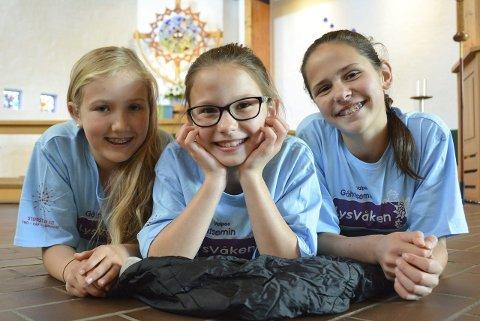 Klare for kirke-overnatting: 10-åringen Sandra Vaaje, Mina Størby Ueland (11) og Marte Størby Ueland (12).