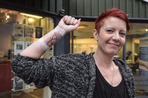 Symboltungt: Trude Haldorsen har nylig lagt en tung tid bak seg og valgte symboltunge «Believe» på håndleddet.