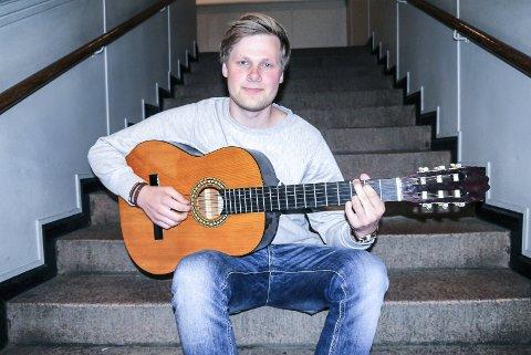 VIKARORGANIST: Andreas Auby har flere ganger vært organist i kirkene rundt om i Sandefjord.