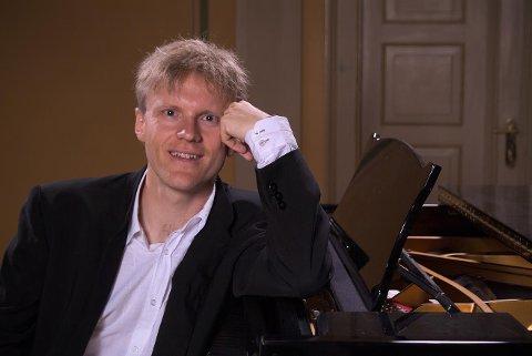 GJESTER ARNADAL: Håvard Gimse holder konsert i Arnadal kirkestue torsdag 2. mars.