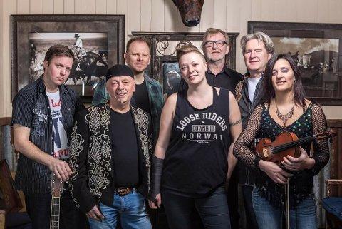 COUNTRYSTEMNING: Gruppa Branson er snart ute med ny plate, mikset av sandefjordingen Peter Lundell. Fredag kveld har countrybandet konsert på The Note. (Pressefoto).