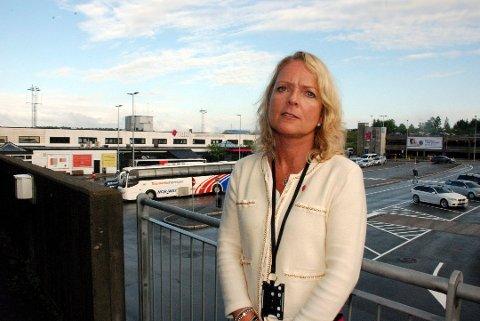 HARDT RAMMET: – Dette er en uvirkelig situasjon som raskt rammet luftfartsbransjen hardt og brutalt, sier markedssjef Tine Kleive-Mathisen på Torp. Arkivfoto: Tone Merethe Ude