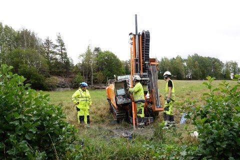 GRUNNUNDERSØKELSER: Bane NOR starter om noen dager grunnboring og seismiske undersøkelser på 72 eiendommer mellom Stokke og Sandefjord.
