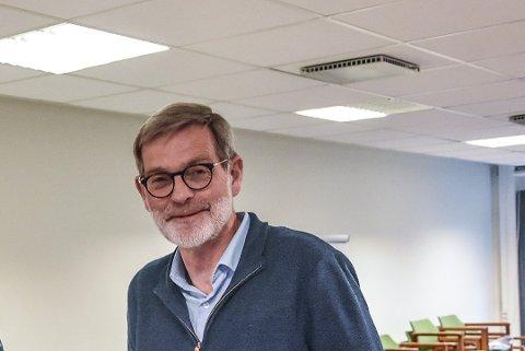UTFORDRER: Knut Duesund og de andre i Partiet Sentrum gjør seg klare til å utfordre de etablerte konkurrentene ved årets stortingsvalg.
