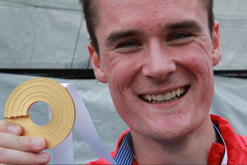 FORSVARER GULL: Henrik Ingebrigtsen klinte til med EM-gull på 1500m i 2012. Nå er han på plass i Zürich for å forsvare gullet.