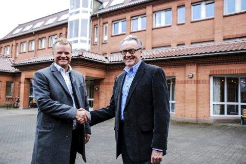 NYE PARTIFELLER: Kai Roger Hagen blir bystyrerepresentant for Partiet De Kristine. Det gleder lokallagsleder Leif Brenne. FOTO: PÅL VIKESLAND