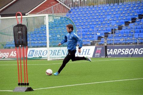 COMEBACK: Simen Brenne kan være tilbake i toppfotballen igjen og trener med S08. Foto: Ole-Morten Rosted