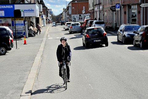 DUGNAD: Jørgen Amos Ruud etterlyser sarpinger som kan være med på en sykkeldugnad.