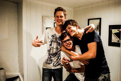 GLEDER SEG: Wiiiam Rangøy, Tobias Karstensen og Fabian Askelien gleder seg til at den nye dokumentarserien «Tenåringenes hemmelig liv» skal vises på TV2.