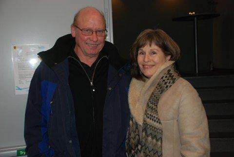 STORFORNØYDE: Aksel Norrøne og Anne Kari Kristiansen var godt fornøyde med kvelden. Norrøne har vært hørt på Dylan siden oppveksten.