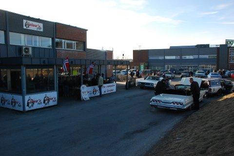 PÅSKECRUISE: AMCAR-gruppen Detroit Cars ender sitt årlige påskecruise på Olavs Påb Greåker.