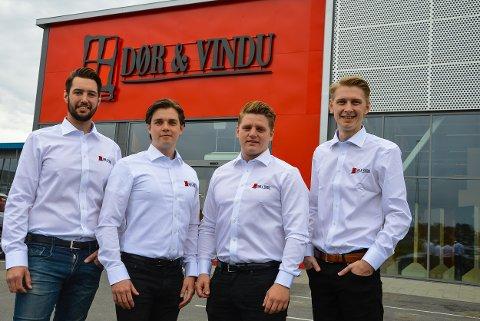 TUNEJORDET: Dør & Vindu etablerer seg på Tunejordet. F.v. Håvard Nordtug (28), Joakim Tangen (22), Tobias Brännström (26) og Andreas Brännström (25).