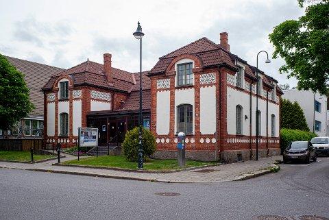 ÅPENT MØTE: Partiet Rødt Sarpsborg og omegn arrangerer åpent folkemøte på Glenghuset tirsdag kveld.