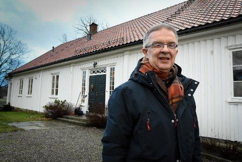 Ny prost, Kåre Rune Hauge, flytter inn i prestegården i Eidsberg.