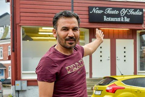 Amjad Hussain (42) Khalid gjennåpnet New Taste of India.