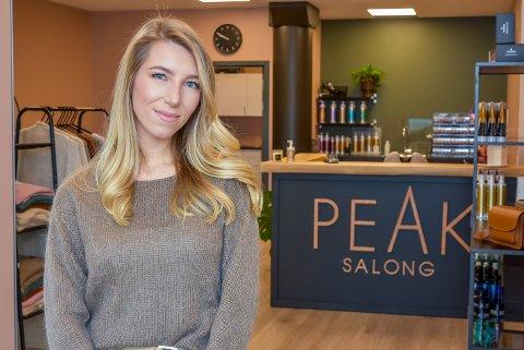 Maria Pedersen (25) åpner Peak Salong på Knapstad.