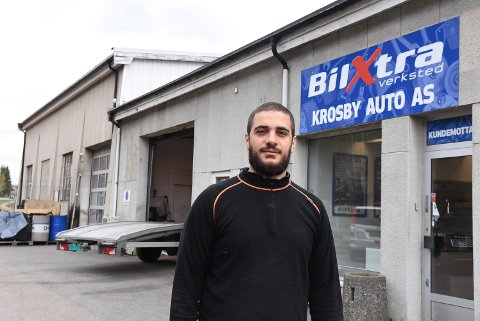 BYGGER NYTT: Rasol Shiyardari (29) investerer i bilverksted i Askim.