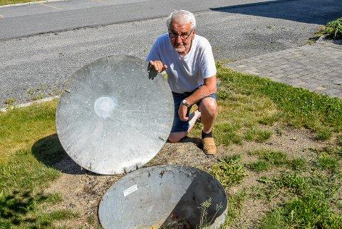 Helge Rindal er styreleder i Nore SA. Da de koblet seg til fjernvarmeanlegget var de usikker på hva de skulle gjøre med gasstanken sin.
