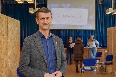 MELD DERE: Kommunalsjef Kjell Liborg, håper flere vil melde seg til vaksinasjon.